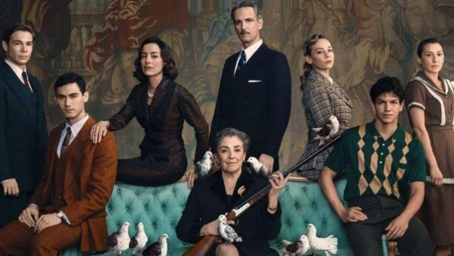 Así es 'Alguien tiene que morir', el thriller de época de Netflix con Carmen Maura y Ester Expósito