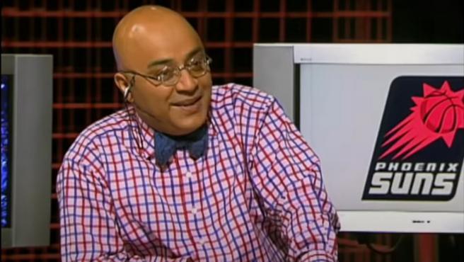 Andrés Montes, durante una retransmisión de la NBA