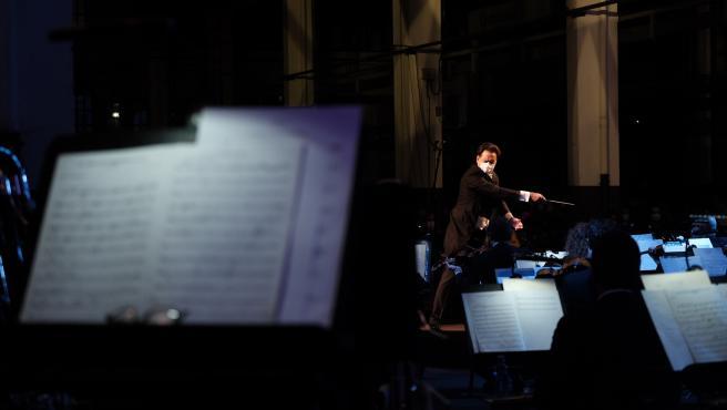 Concierto sinfónico dirigido por Andrea Morricone y Óliver Díaz, en el que la Orquesta Sinfónica del Principado de Asturias interpreta obras de los compositores galardonados con el Premio Princesa de Asturias de las Artes 2020.