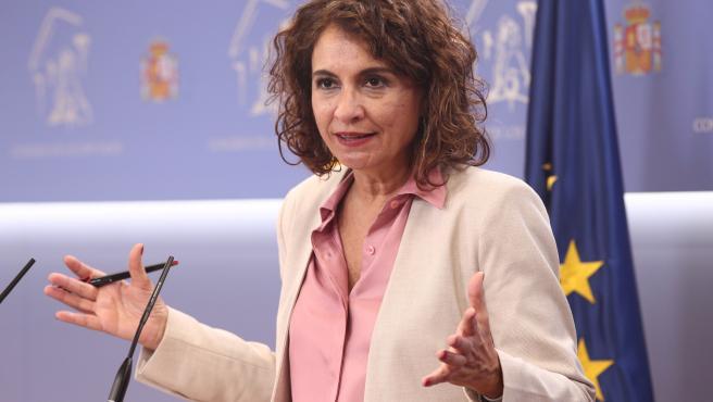 La ministra Portavoz y de Sanidad, María Jesús Montero, interviene durante una rueda de prensa.