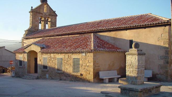 Imagen de la iglesia de la localidad de Madarcos.