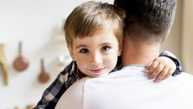 Tanto en el colegio como en casa hay que trabajar la educación emocional.