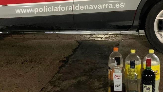 Alcohol intervenido a varios menores que hacían botellón en Mutilva.