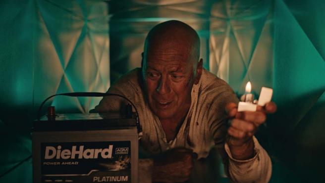 Al final el regreso de Bruce Willis como John McClane era... para un anuncio de baterías