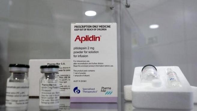 A falta de la confirmación de los resultados en la última fase de ensayos clínicos, el Aplidin, un fármaco anticancerígeno basado en la molécula plitidepsina podría convertirse en el primer medicamento con una efectividad probada a la hora de reducir la carga viral en la primera semana de la infección por Covid-19.
