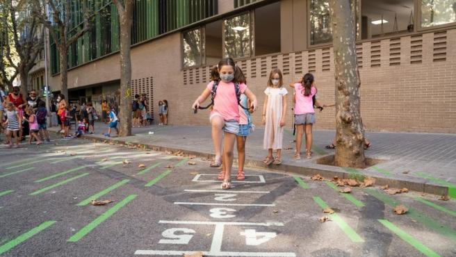 Barcelona amplía el proyecto Protegim les Escoles a 53 nuevos centros en 2021