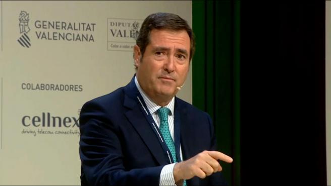 """Garamendi pide """"moderación"""" a los políticos y no """"parar la economía"""""""