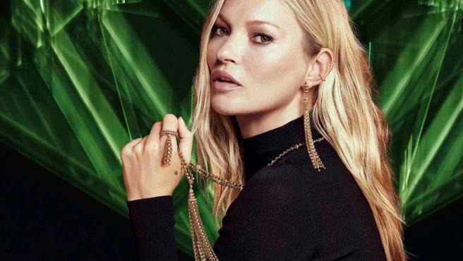 Kate Moss diseña su primera colección de joyas, ecléctica y versátil.