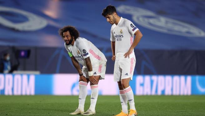 Marcelo y Asensio se lamentan en el partido ante el Shakhtar.