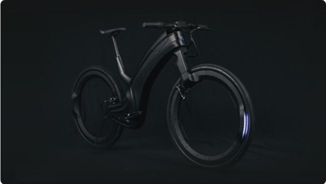 El diseño de Reevo en acabado negro.