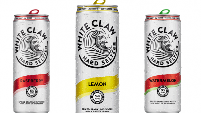 Imagen de latas de White Claw, una de las marcas más populares de 'hard seltzer'.