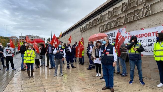 Manifestación en Toledo por el convenio de transporte sanitario.