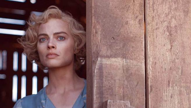 Margot Robbie es una forajida en el tráiler de 'Dreamland'
