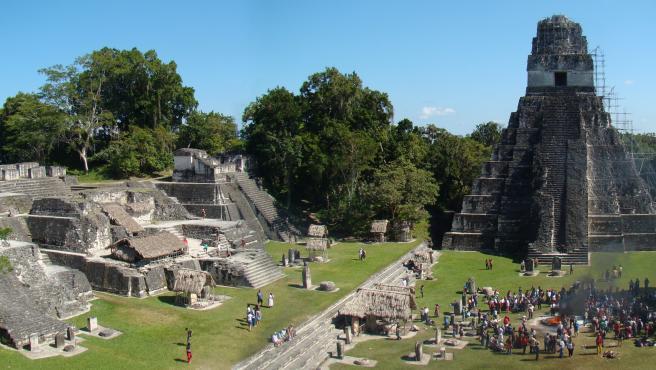 Ruinas de Tikal.