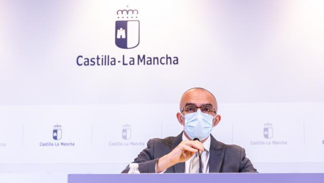 Toledo, 23 de octubre de 2020.- El director general de Salud Pública, Juan Camacho, informa de la situación actual de la pandemia por COVID-19. (Fotos: D. Esteban González // JCCM)