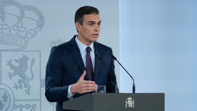 El presidente del Gobierno, Pedro Sánchez, durante una declaración institucional para valorar los acuerdos alcanzados ayer en el seno del Consejo Interterritorial de Salud y la evolución de la pandemia en España, en Madrid (España).