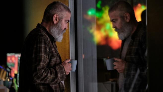 Tráiler de 'Cielo de medianoche': George Clooney se pasa a la ciencia-ficción para Netflix