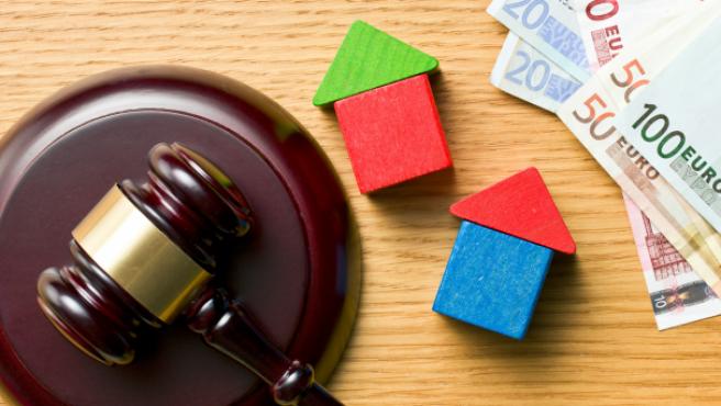 Alquilar la casa que recibes en herencia: ¿qué obligaciones fiscales supone?