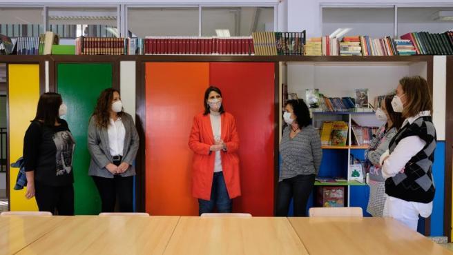 García Paine visita el centro público Paulo Freire de Málaga capital premiado por la Consejería de Educación