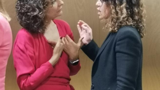 La consellera de Hacienda, Rosario Sánchez, con la ministra de Hacienda, María Jesus Montero.