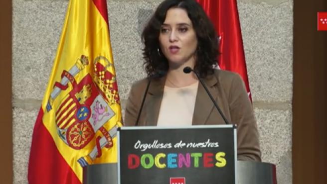 La presidenta Isabel Díaz Ayuso este jueves, durante el acto en el que ha anunciado el cierre por días de la comunidad.