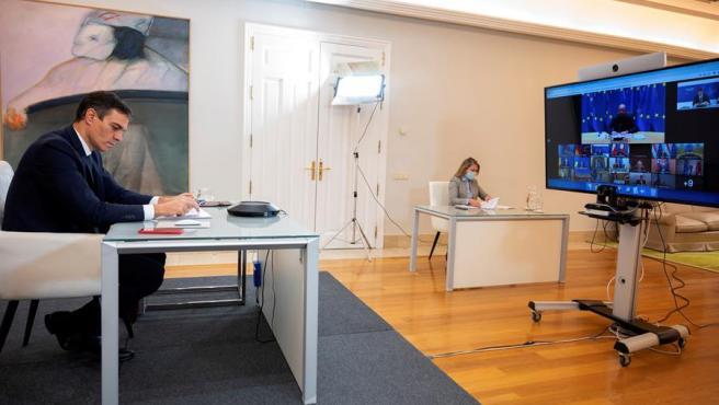 El presidente del Gobierno, Pedro Sánchez, participa por videoconferencia en un Consejo Europeo sobre la situación de la pandemia de COVID-19.