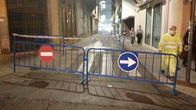 Corte al tráfico en la calle María Cristina