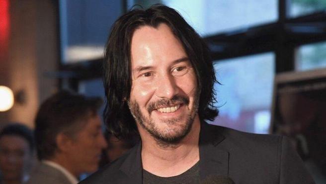¡Adiós a la melena! Keanu Reeves se rapa para el rodaje de 'Matrix 4'