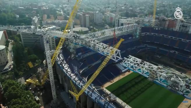 Imagen aérea de las obras del estadio madridista.