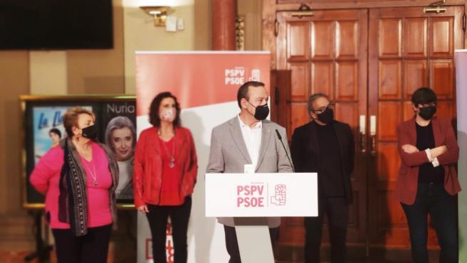 Diputats valencians del PSOE i Unides Podem presenten els PGE a València