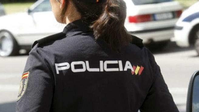 Agente de policía.