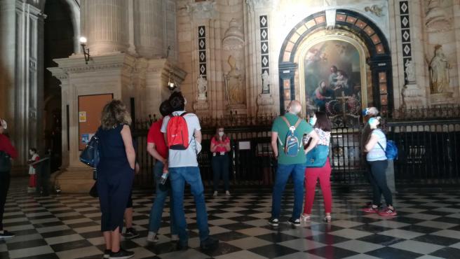 Turistas en la Catedral de Jaén