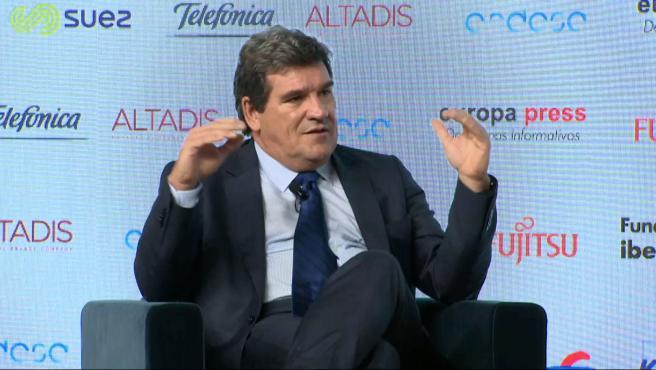 Escrivá reprocha a Hernández de Cos que hable de pensiones y sueldos públicos