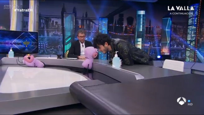 Trancas y Sebastián Yatra, en el 'El hormiguero'.