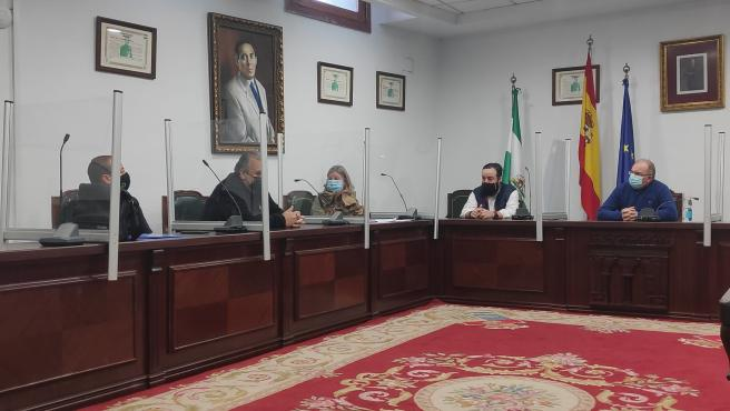 Reunión del Ayuntamiento y la Asociación de Hosteleros de La Zubia