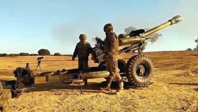 Ejercicio de artillería de efectivos de la BRI X, en una imagen de archivo.