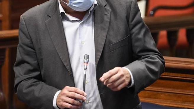 El consejero de Sanidad del Gobierno de Canarias, Blas Trujillo