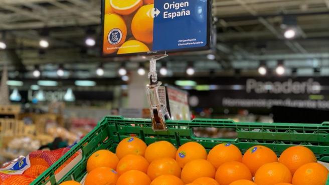 Imagen de las naranjas comercializadas en un centro de Carrefour, que destina naranjas de origen andaluz a la exportación.