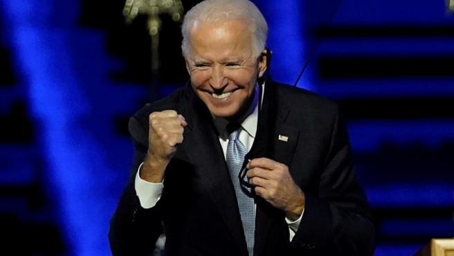 El presidente electo de Estados Unidos, Joe Biden, celebra el resultado de las elecciones, en Wilmington, Delaware.