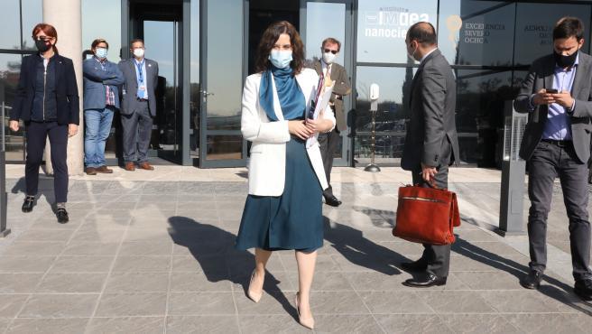 La presidenta de la Comunidad de Madrid, Isabel Díaz Ayuso, tras la reunión del Consejo del Gobierno regional