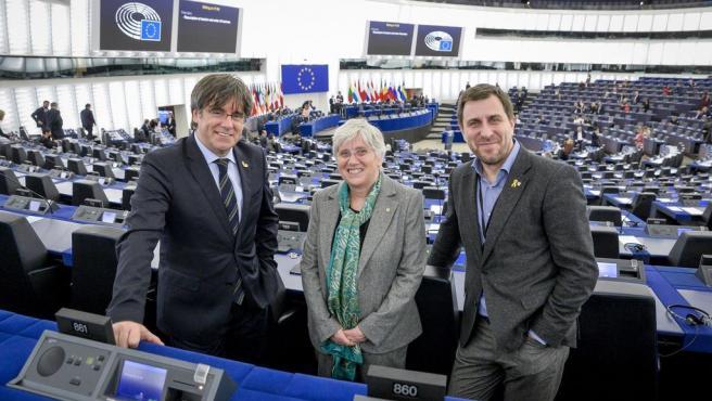 [Grupopoliticacat] Trobada Premsa Amb Eurodiputats Comín, Ponsatí I Puigdemont Dimarts 26 De Maig 10H00
