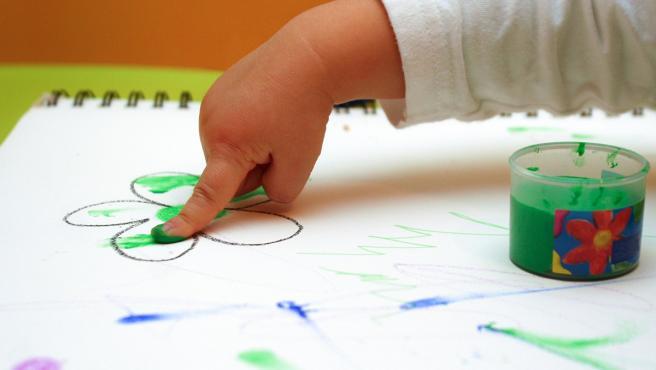 Niño, bebé, pintar, guardería, pintura, escolar, infancia, educación, infantil