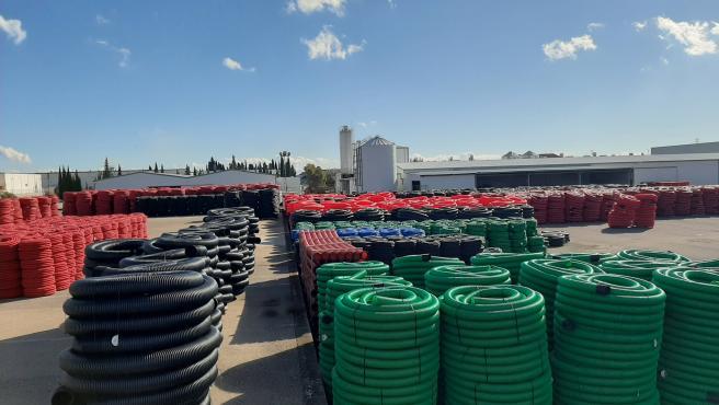 Plásticos Revi Conduits recibe una ayuda de Diputación de 370.000 euros para instalarse en La Carolina.