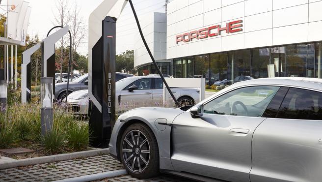 Estación de carga ultrarrápida de Porsche.