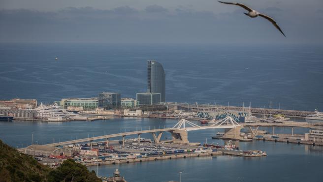 Vista aérea del área PIF del Puerto de Barcelona, en Barcelona/Catalunya (España) a 20 de marzo de 2020.
