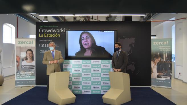El presidente de T-ZIR, Alfonso Soláns, la consejera delegada de Telefónica España, María Jesús Almazor y el presidente de Hiberus Tecnología (Grupo Henneo), Íñigo de Yarza.