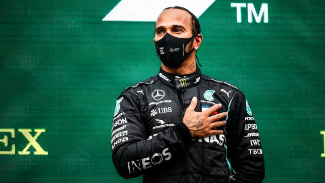 HAMILTON Lewis (gbr), Mercedes AMG F1 GP W11 Hybrid EQ Power+, portrait world champion celebration podium during the Formula 1 DHL Turkish Grand Prix 2020, from November 13 to 15, 2020 on the Intercity Istanbul Park, in Tuzla, near Istanbul, Turkey - Photo Antonin Vincent / DPPI..AFP7 ..15/11/2020 ONLY FOR USE IN SPAIN[[[EP]]] HAMILTON Lewis (gbr), Mercedes AMG F1 GP W11 Hybrid EQ Power+, portrait world champion celebration podium during the Formula 1 DHL Turkish Grand Prix 2020, from November 13 to 15, 2020 on the Intercity Istanbul Park, in Tuzla, near Istanbul, Turkey - Phot