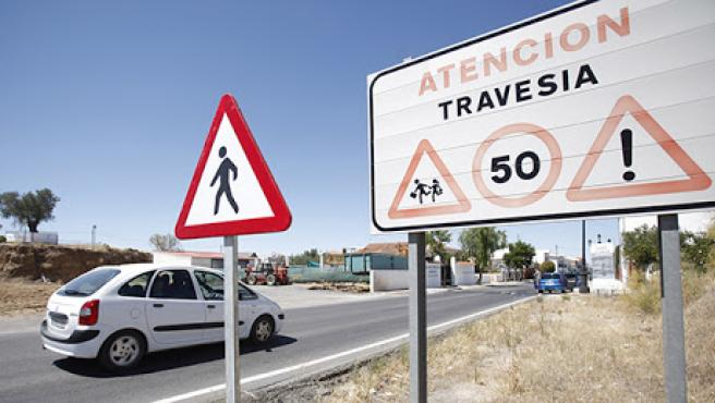 Señal de travesía en Torrenueva.