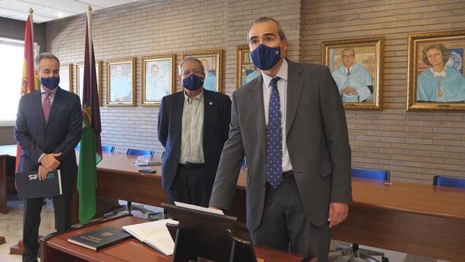 Juan Antonio Perles promete su cargo como decano de la Facultad de Filosofía y Letras de la Universidad de Málaga