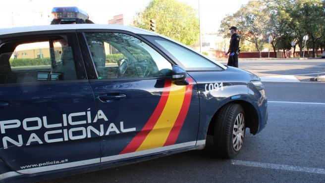 [Sevilla] La Policía Nacional Detiene In Fraganti A Dos Hombres Mientras Robaban En Una Cerveceria La Pasada Madrugada